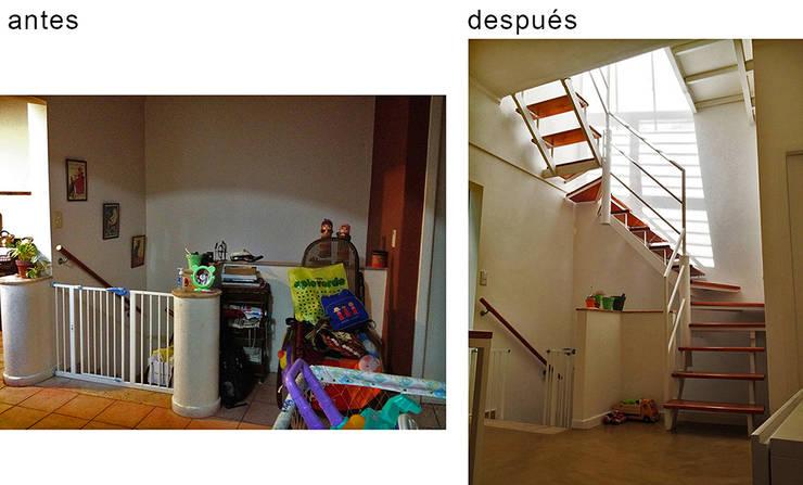 PH Charlone: Pasillos y recibidores de estilo  por Paula Mariasch - Juana Grichener - Iris Grosserohde Arquitectura,