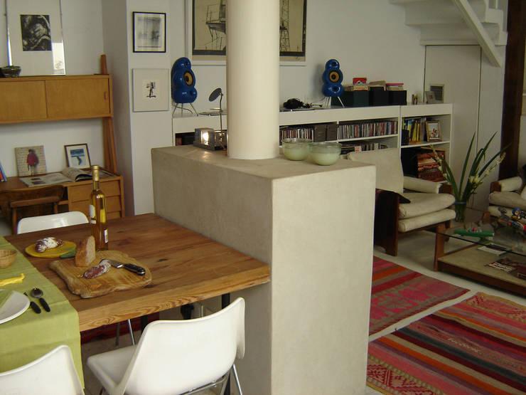 Home PH: Livings de estilo  por Paula Mariasch - Juana Grichener - Iris Grosserohde Arquitectura