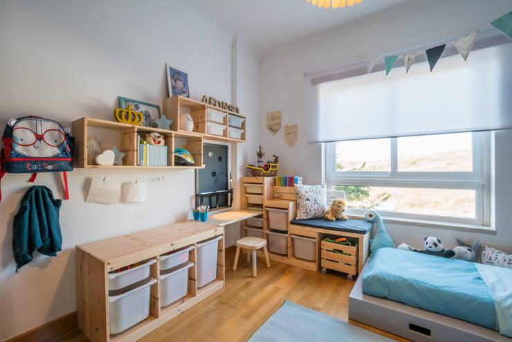 Dormitorios de niños de estilo  por YS PROJECT DESIGN