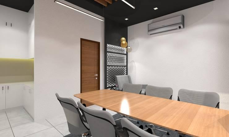 Meeting Room:  Study/office by Ravi Prakash Architect