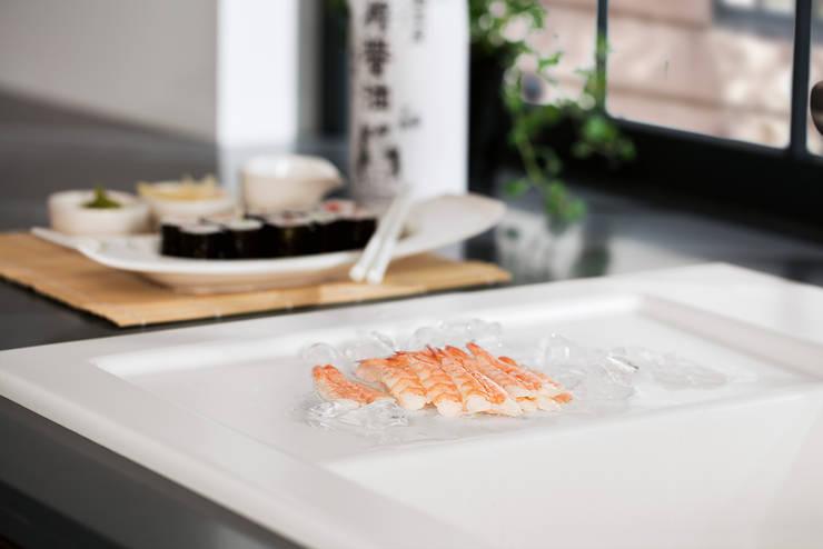 Porqué elegir un fregadero de cocina Villeroy & Boch: Cocinas de estilo  de Villeroy & Boch