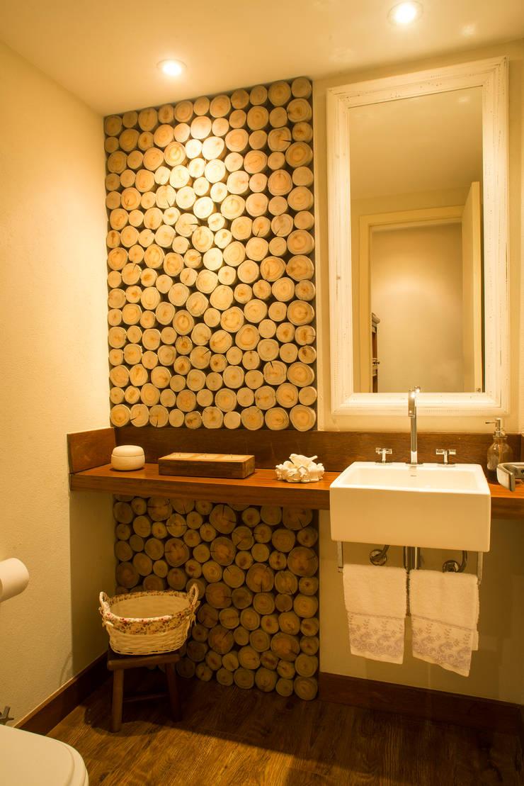 ห้องน้ำ โดย Giselle Wanderley arquitetura, คันทรี่