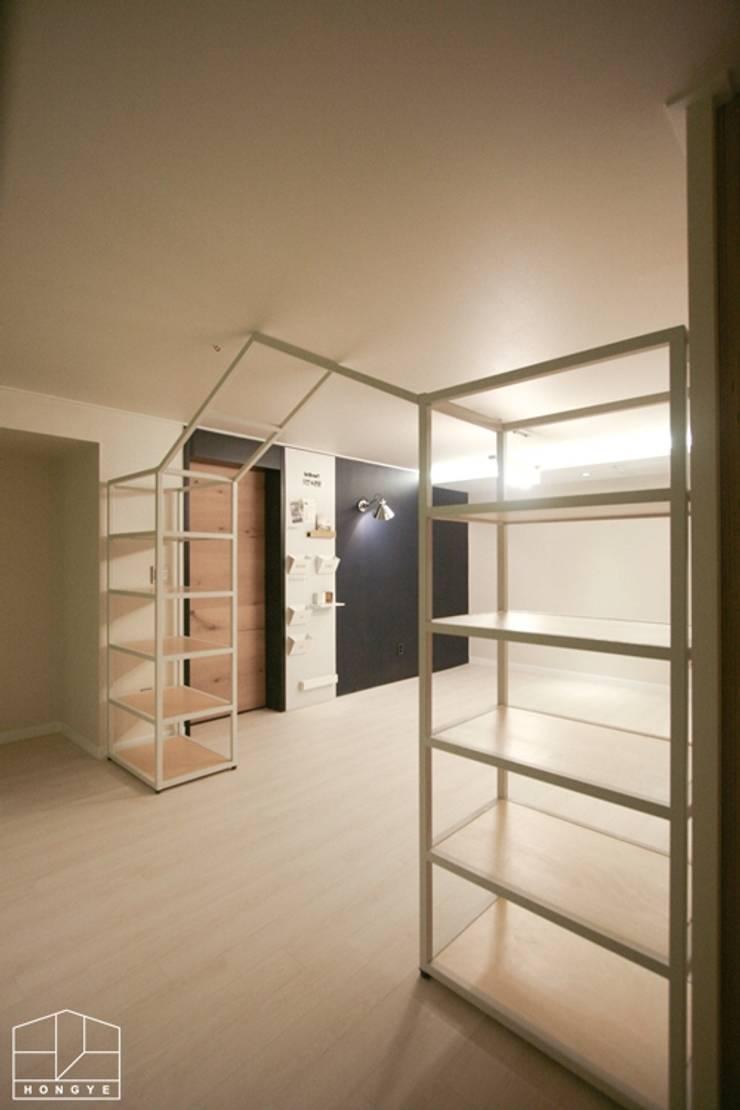 40평대 아파트 인테리어 모아보기: 홍예디자인의  아이방,미니멀