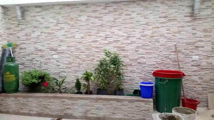 CASAS MODELIA.: Jardines de estilo  por CELIS & CELIS INGENIEROS CONSTRUCTORES S.A.S