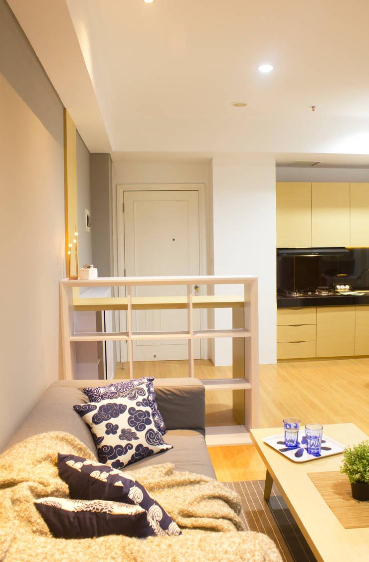Silkwood Apartment Unit:  Dapur by TIES Design & Build