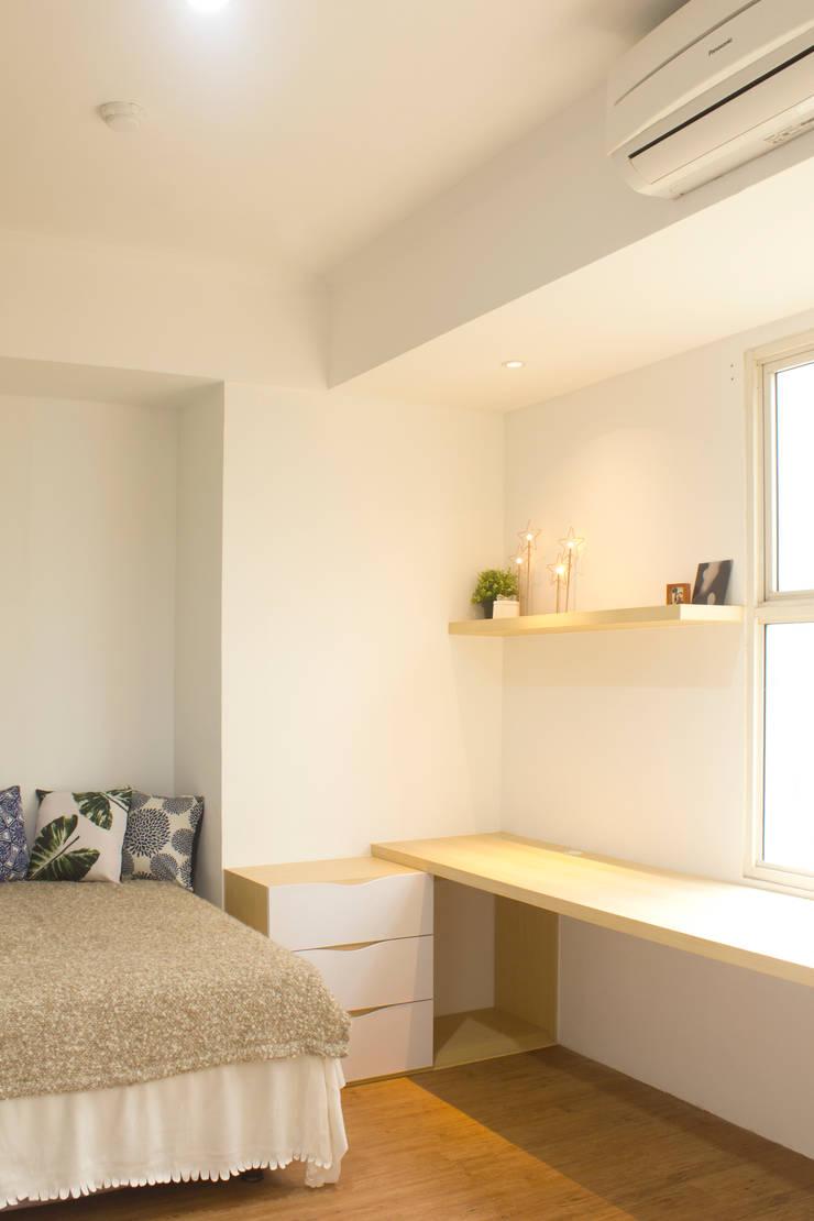 Silkwood Apartment Unit:  Kamar Tidur by TIES Design & Build