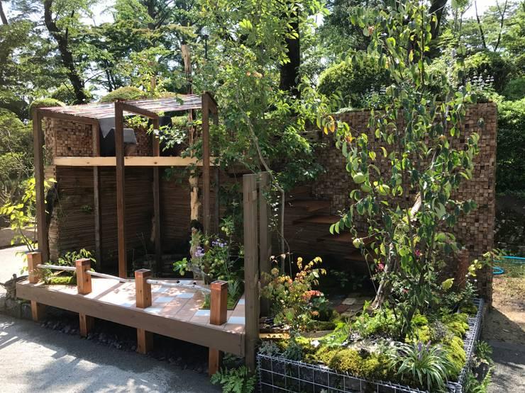 全国都市緑化はちおうじフェア 金賞受賞作品: 株式会社 髙橋造園土木  Takahashi Landscape Construction.Co.,Ltdが手掛けたアプローチです。