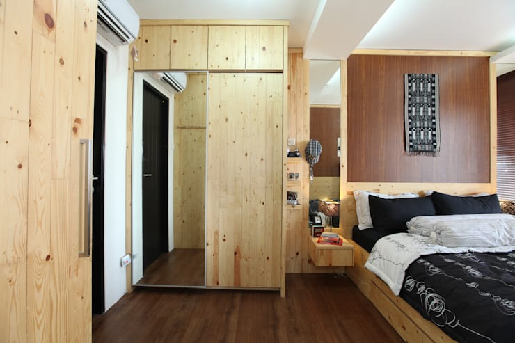 Rustic Apartment :  Bedroom by a+Plan Architect and Interior Works