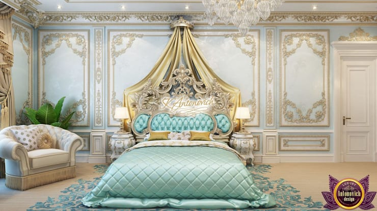 Luxury Master bedrom design of Katrina Antonovich:  Bedroom by Luxury Antonovich Design, Classic