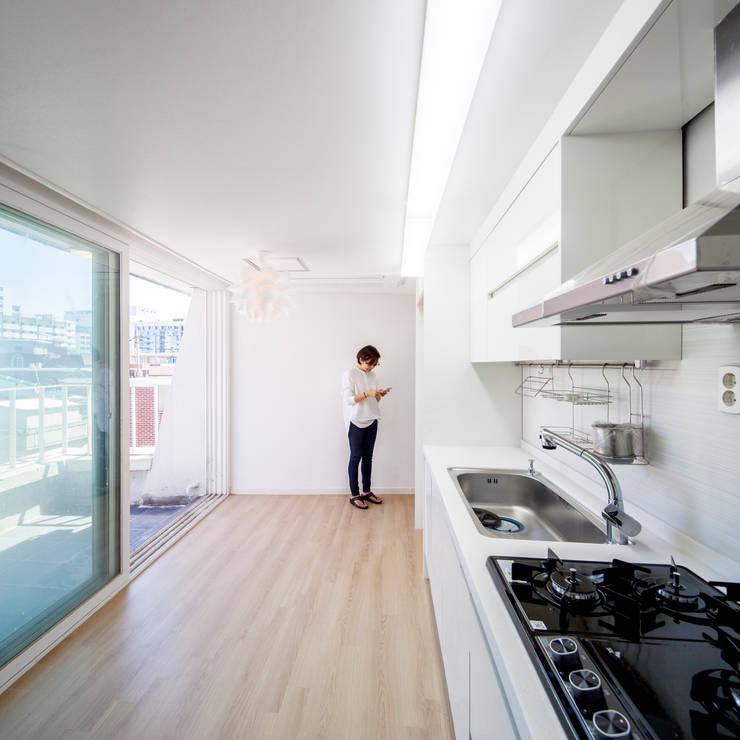 廚房 by 수상건축