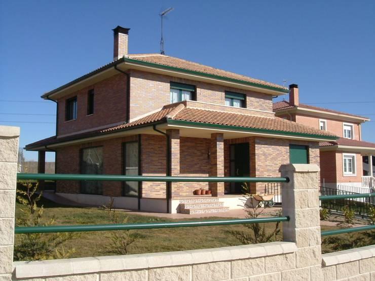房子 by Arquitecto César Carlón