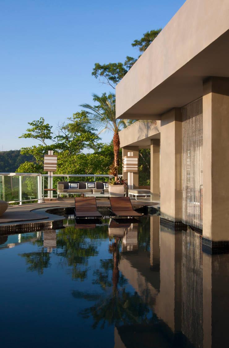 Piscinas de jardim por paula martins arquitetura interiores e detalhamento