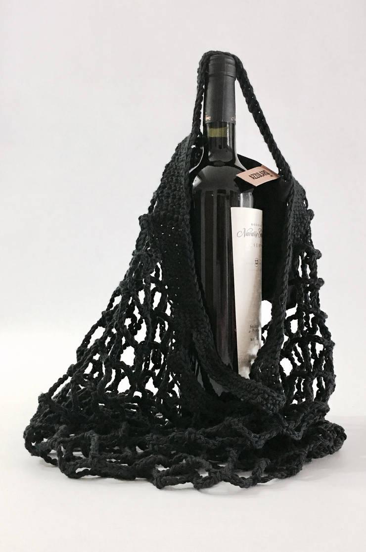 Linea CUCINA • 100% algodon •: Cocinas de estilo  por AZZULARQ.com,