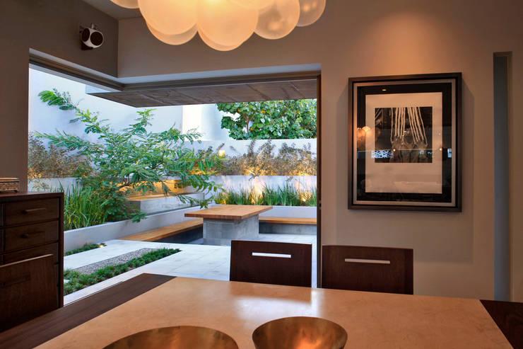 Casa VM: Comedores de estilo  por Di Vece Arquitectos