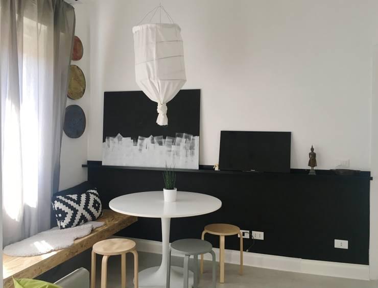 Projekty,  Jadalnia zaprojektowane przez Home Lifting