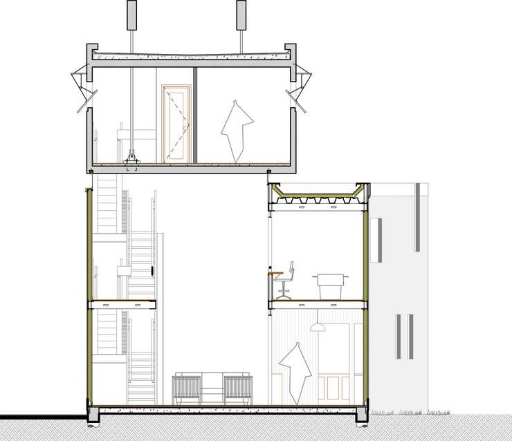 Corte transversal: Casas unifamiliares de estilo  por Arq. Ilacqua,
