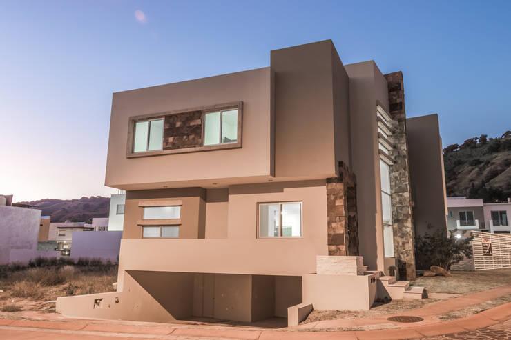 FOTOGRAFÍA CASA EN LA RIOJA: Casas de estilo moderno por ECKEN virtual spaces