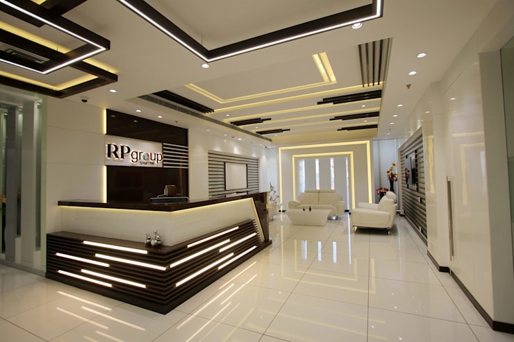 RP Group office:  Office buildings by Conarch Architects