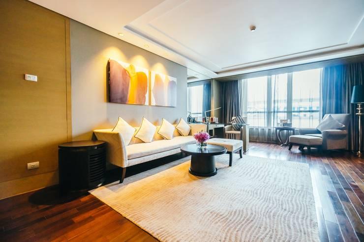 Elegant Hotel:  Artwork by Bakti Architect