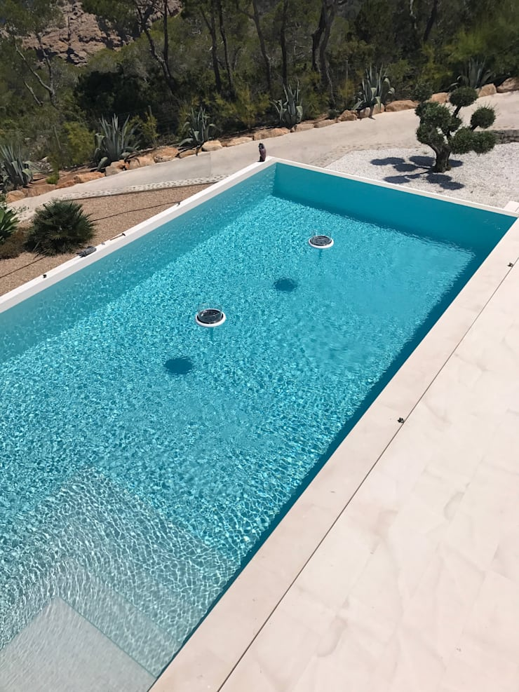 Infinity pool by GlammFire