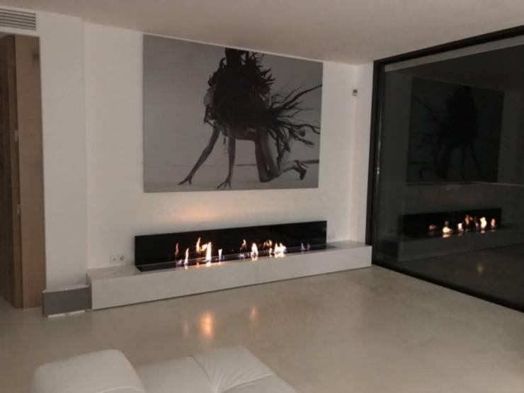Living room by GlammFire