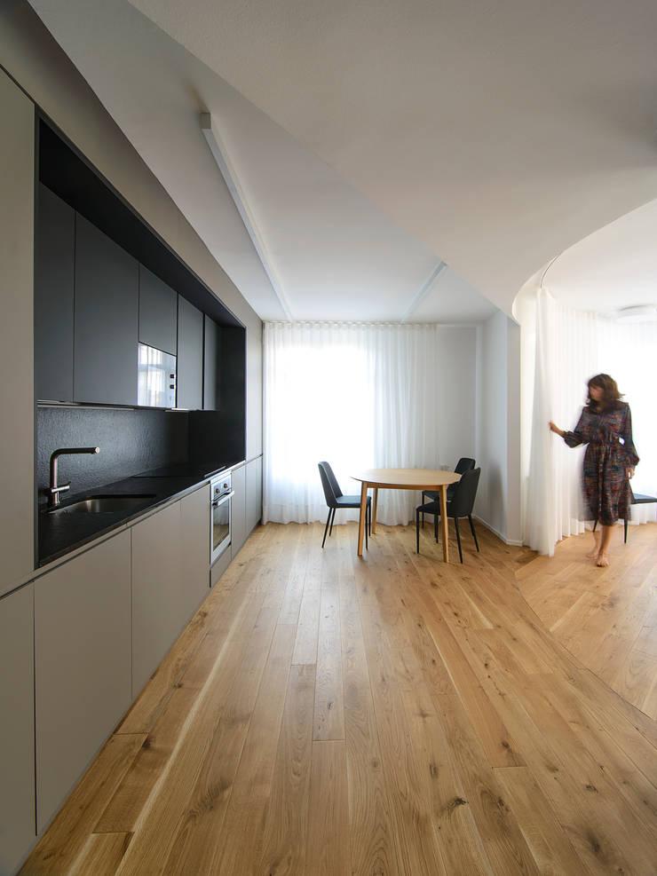 Cuisine de style  par Garmendia Cordero arquitectos, Minimaliste