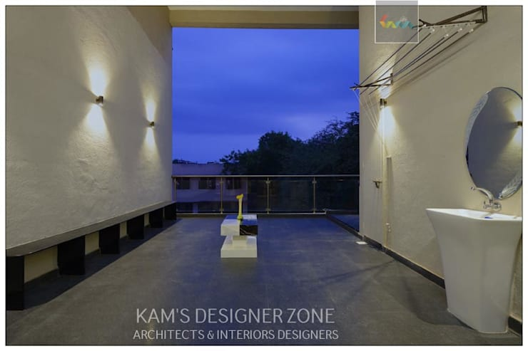Terrace Interior Design:  Terrace by KAM'S DESIGNER ZONE