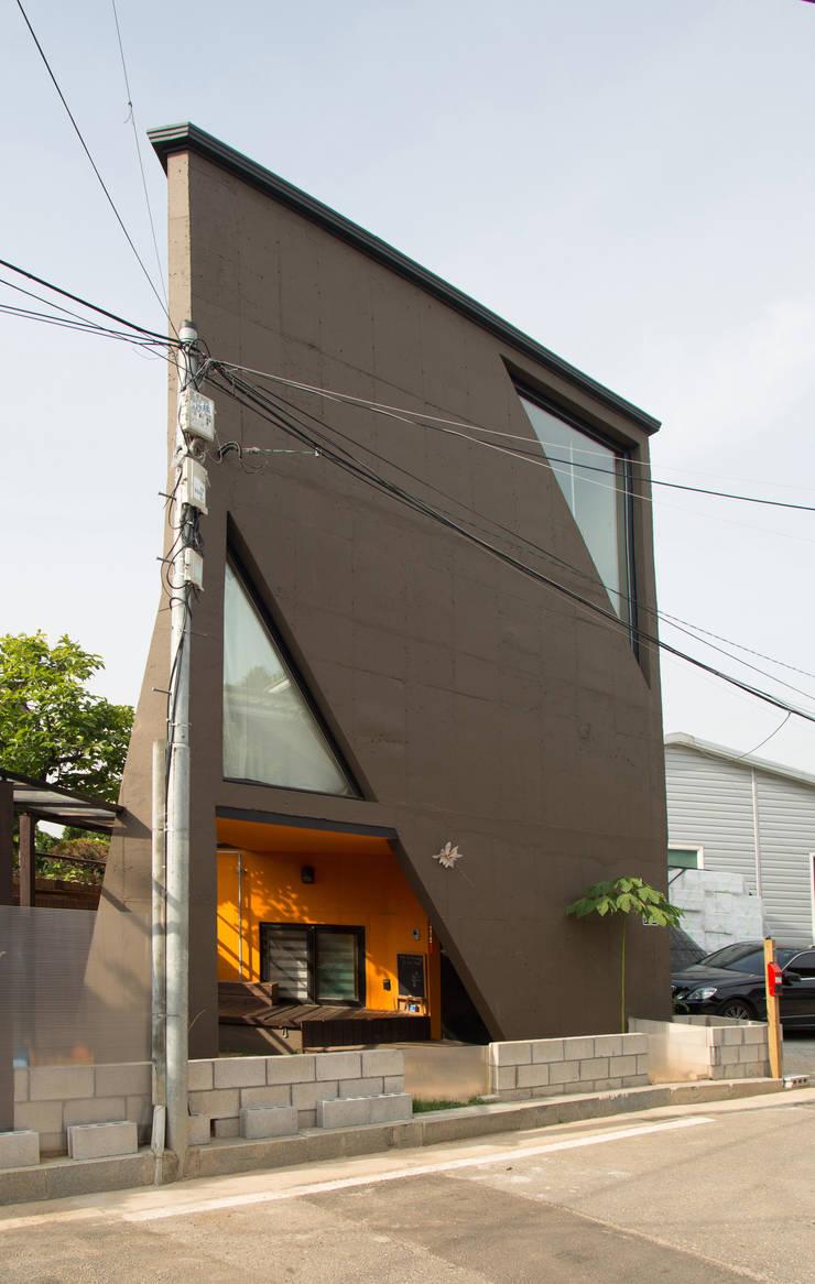 yoonzip – SAI: yoonzip interior architecture의  일세대용 주택,미니멀