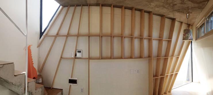 yoonzip – SAI: yoonzip interior architecture의  거실,미니멀