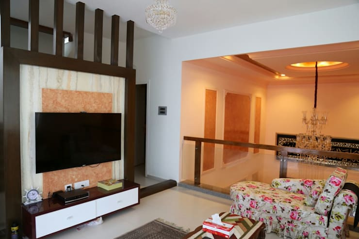 Mr. Fazal 's Home Interior Design:  Living room by Walls Asia Architects and Engineers,Modern