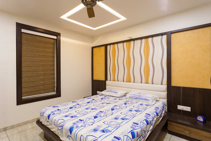 Interiors of Bunglow:  Bedroom by Spacecraftt Architects