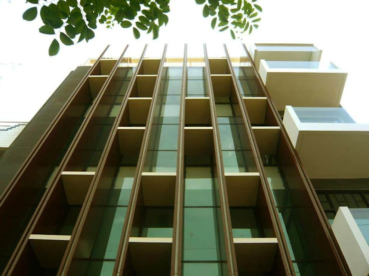 PB131 Office: Gedung perkantoran oleh Simple Projects Architecture, Modern Aluminium/Seng