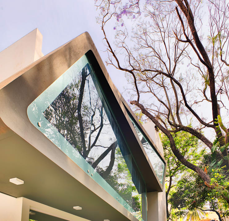 Mobius Home:  Houses by Architecture Continuous