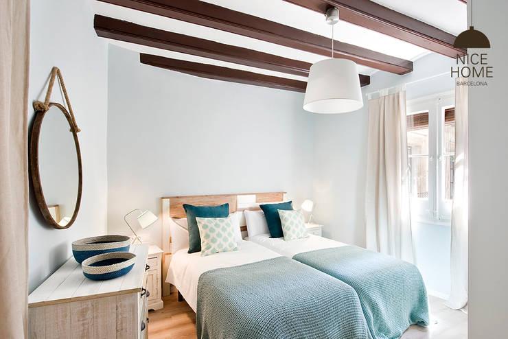 Habitaciones de estilo  por Nice home barcelona