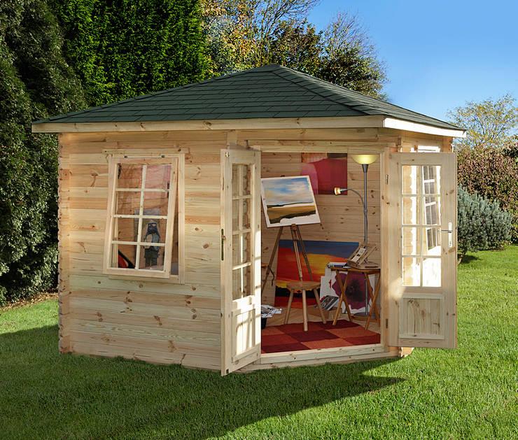 Wenlock log cabin:  Garden  by Wonkee Donkee Forest Garden