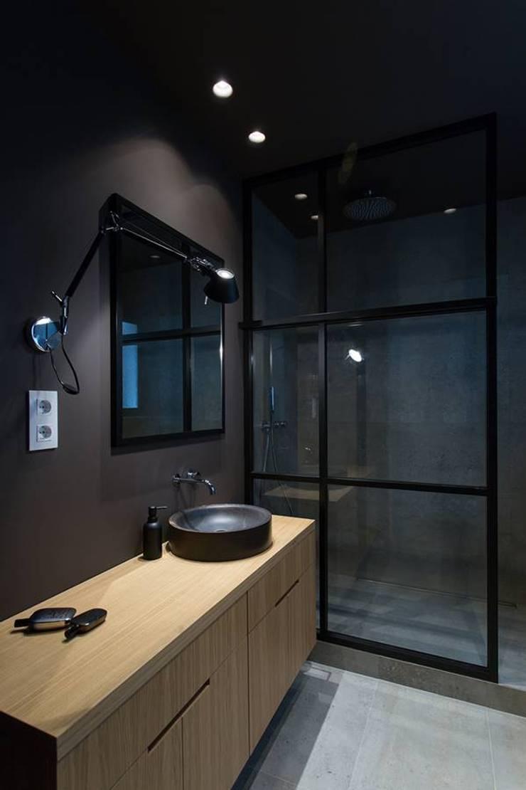 Bagno in stile  di TONO BAGNO | Pasión por tu baño, Moderno