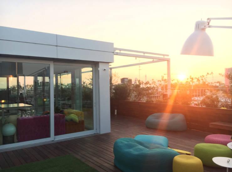 Appartamento con terrazzo e veranda-Milano von Andrea Rossini ...
