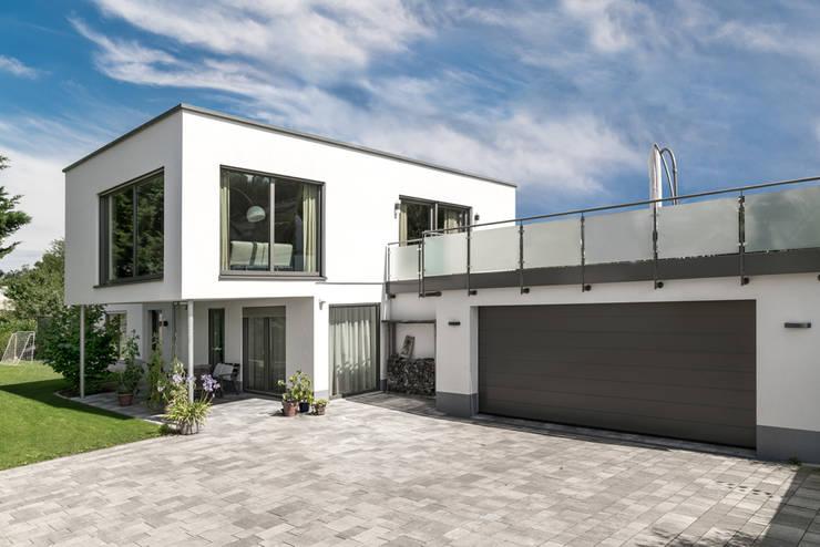 Projekty,  Dom jednorodzinny zaprojektowane przez wir leben haus - Bauunternehmen in Bayern