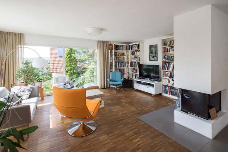 Projekty,  Salon zaprojektowane przez wir leben haus - Bauunternehmen in Bayern