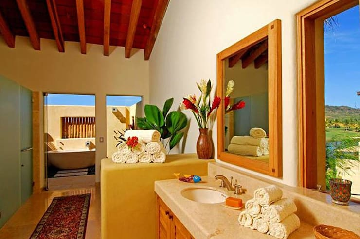 Salle de bains de style  par BR  ARQUITECTOS