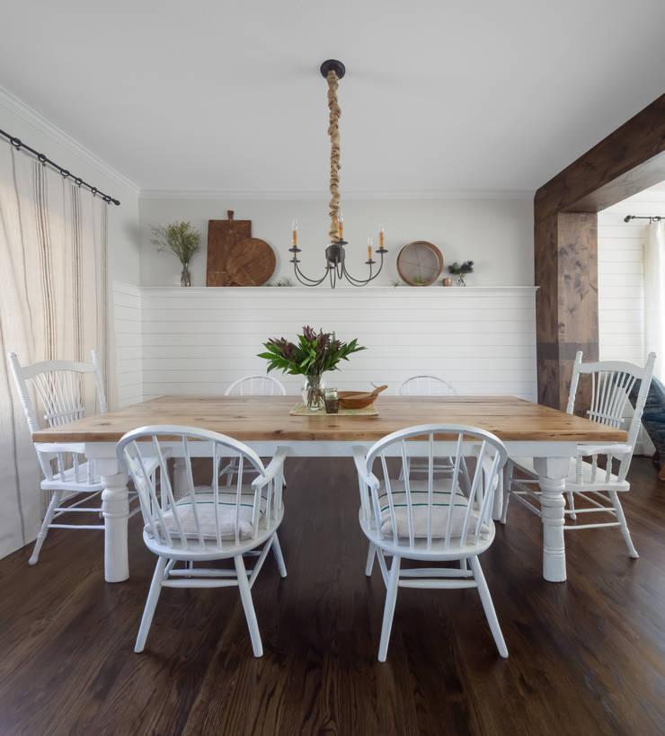 Dining Room:  Dining room by Laura Medicus Interiors
