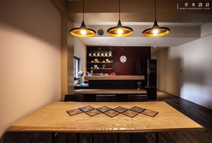 舊屋改造-張公館:  餐廳 by 芽米設計創合團隊