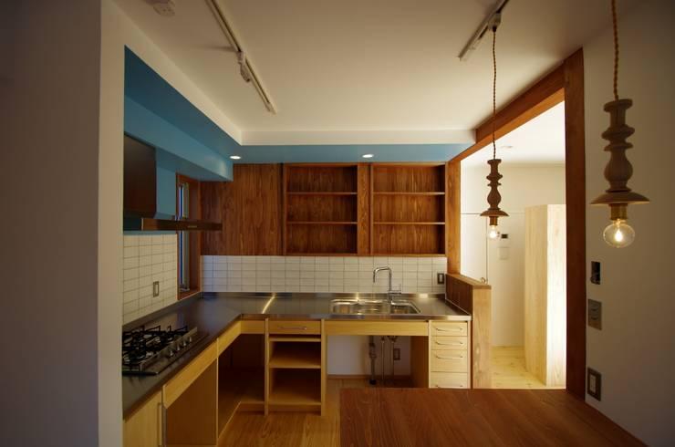 柏市K邸一戸建リノベーション: K+Yアトリエ一級建築士事務所が手掛けたキッチン収納です。,