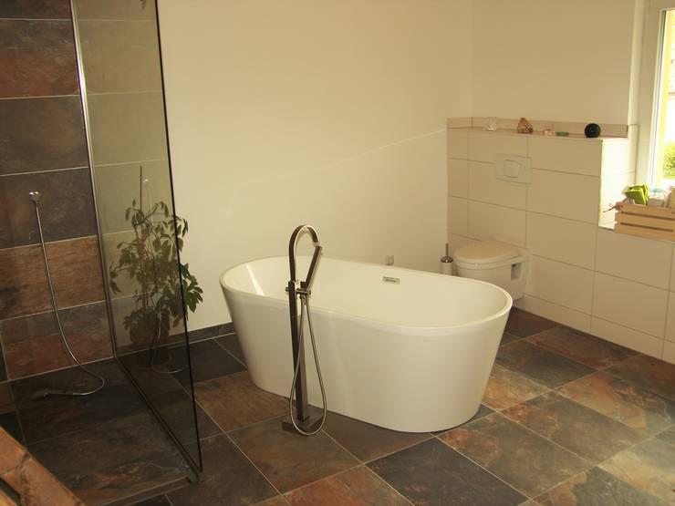 Projekty,  Łazienka zaprojektowane przez PassivHausPartschefeld