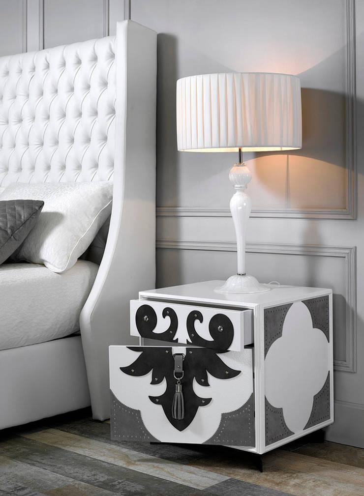 Valentina nightstand: modern Bedroom by S. T. Unicom Pvt. Ltd.