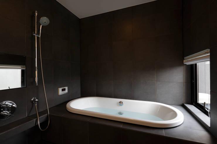 Phòng tắm by 寺下浩一級建築士事務所
