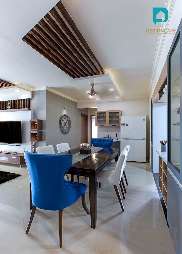 Palak and Vishal's- Residential Project:  Dining room by Design  Cafe