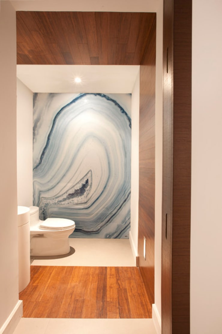 Interior Designers Miami, FL - A Modern Miami Home: modern Bathroom by S. T. Unicom Pvt. Ltd.