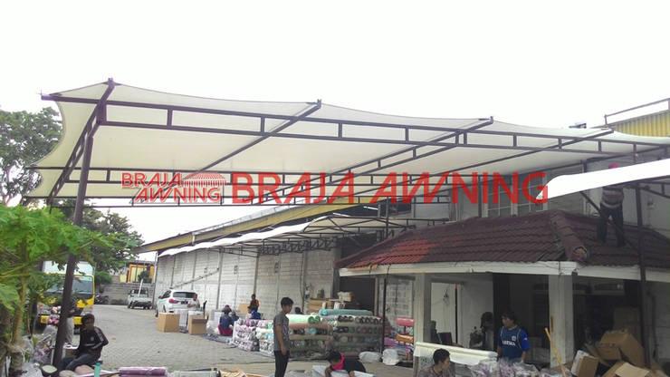 Balconies, verandas & terraces  by Braja Awning & Canopy