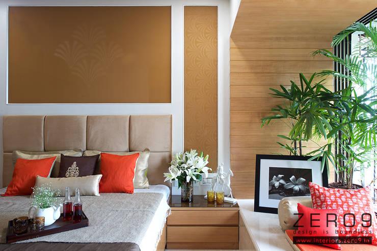 Master Bedroom:  Bedroom by ZERO9